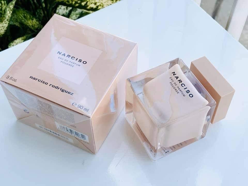 narciso-rodriguez-spray-fragrance