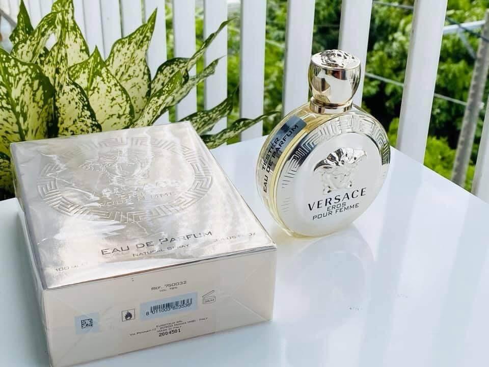 gianni-versace-gold-perfume
